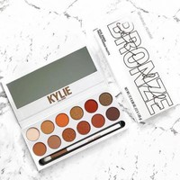 [FREE SHIPPING] KYLIE BRONZE Eyeshadow Palette