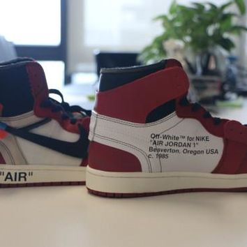 [FREE SHIPPING] AIR JORDAN 1 (CHICAGO / OFF WHITE) BASKETBALL SHOES