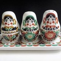 Russian doll Matryoshka Porcelain Salt and Pepper Shakers Mustard Set with Tray