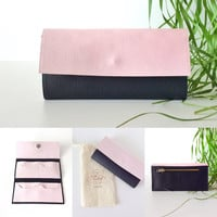 Soft pink and black vegan wallet - pink wallet Handmade in Italy - spring wallet - girly credit card holder - soft pink iPhone wallet