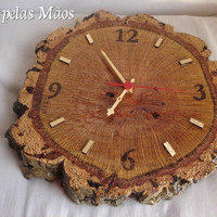 Wooden clock in the trunk of cork pyrography