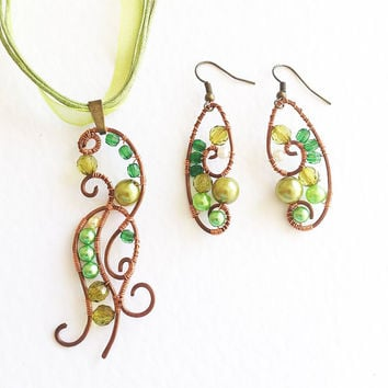 Wire wrapped Necklace and Earrings Green Blend copper olive green