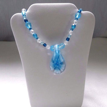 "Blue and White Floral Necklace, 20"" necklace, floral pendant 1980s, womens beaded"