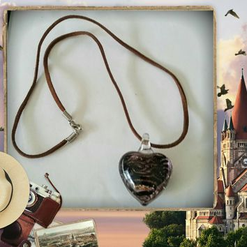Brown Suede Heart Glass Lampwork Pendant Necklace Size 19 Inches