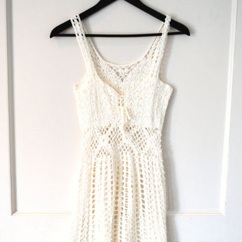 BOHO white crochet dress 1970s vintage white mesh bohemian FESTIVAL dress beach cover up medium