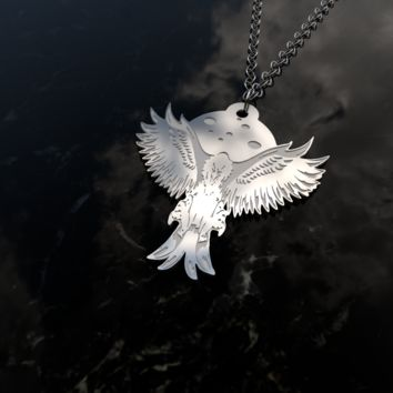Eagle looking for prey - awesome sterling silver pendant necklace