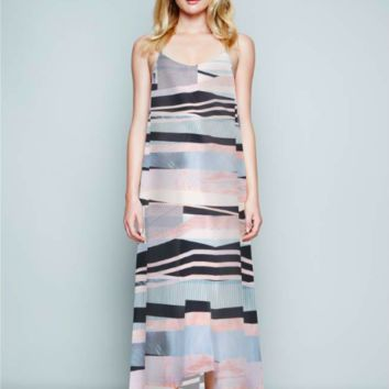 RESORT MAXI OUT OF LINE
