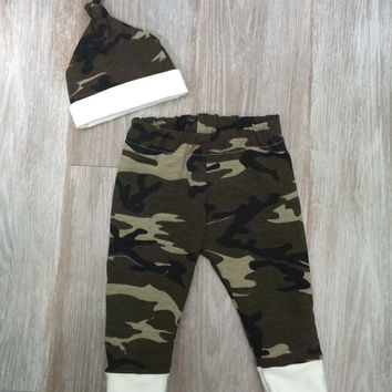Newborn Baby Boy camouflage Pants and Hat Outfit. Take home outfit! Camo with cream cuff leggings.  Picture Outfit. Hunting Baby. Green