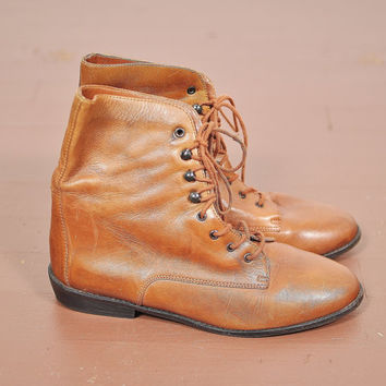 sienna caramel brown leather laceup pixie grunge boho ankle boots vintage 1980s 7.5