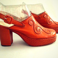 ViNtAgE 70's Tooled Leather Platform Shoes Woven heels Slingback Sandals Disco Clogs Womans