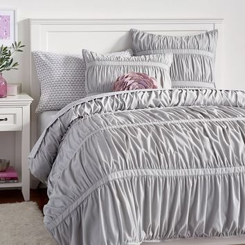 Pucker Up Comforter + Sham, Light Grey