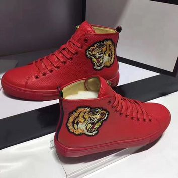 AUGUAU GG leather men high top sneaker shoe in red , white and black with lion embroidering