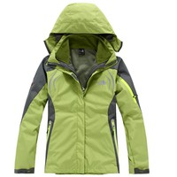 The North Face Outdoor travel removable handle fleece waterproof jacket two sets of women