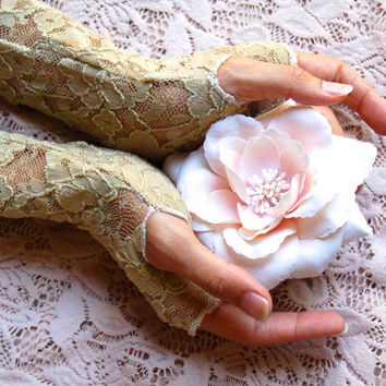 Lace Fingerless Gloves In Vintage Cream, Arm Warmers, Gypsy, Boho, Belly Dance