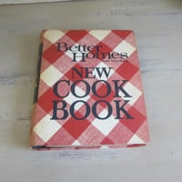 BHG Cookbook , Better Homes and Gardens New Cookbook , Hardback Spiral 1968 Edition Classic Mid Century Vintage Recipes Retro Kitchen Decor