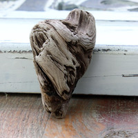 Small Asymmetrical Driftwood Heart , Natural Drift Wood Piece , Romantic Beach Decoration, Beach wedding , Drift Wood Art