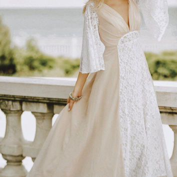 Fall SALE / Bohemian Wedding Gown / Bohemian Wedding gown from Chiffon, French lace , Boho style dress, Romantic