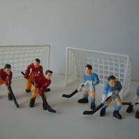 Vintage  Field Hockey Players And Goal Posts Cake Topper