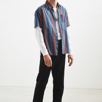 UO '90s Stripe Short Sleeve Button-Down Shirt   Urban Outfitters