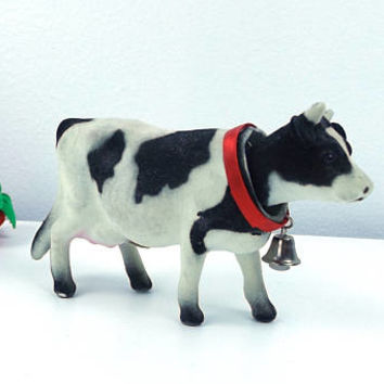vintage 50s 60s cow nodder bobble head fuzzy animal realistic black and white red bessie bell farm farmhouse cabin country rustic kitsch old