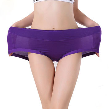 2016 Sexy Women Briefs Underwear Ladies Bamboo Fiber Breathable Seamless High Waist Elastic Comfort Panties One Size Solid Color