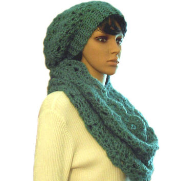 GREEN INFINITY Scarf Hood Cowl Handmade Crochet Knit Romantic Medium Green Loop Infiniti Spring Church Head Cover  Scarf