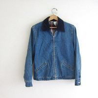 20% OFF SALE Vintage Jean Jacket. Denim Jacket. Distressed and worn in. insulated Medium wash denim jacket