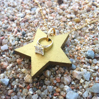 Golden Wood  Star Pendant Necklace , Christmas Jewelry