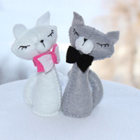 Little felt cats, love, Valentine's day, felt decoration plush, for the home, for her, gifts ideas, Back To School, Autumn Fall Celebrations