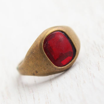 Antique Art Deco Brass Ring -  Vintage 1930s 1940s Size 7 Costume Jewelry / Red Glass Center