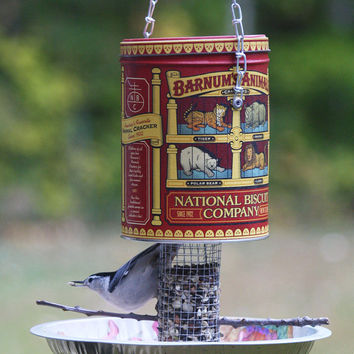 Animal cracker bird feeder - Garden outdoor backyard patio decor - Handmade OOAK bird-watcher gift - Christmas gift - Cookie tin bird feeder