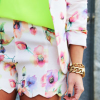 Floral Chic Shorts