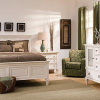 Somerset 4-pc. Queen Bedroom Set | Bedroom Sets | Raymour and Flanigan Furniture