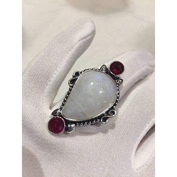 Vintage Genuine Rainbow Moonstone Red Volcanic Art Glass ring