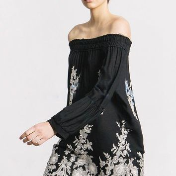 """Free People"" Temperament Fashion Off Shoulder Long Sleeve Retro Ethnic Flowers Embroidery Mini Dress"