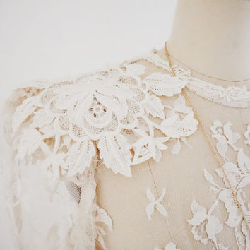 Vintage Bohemian Lace 70s Wedding Dress, Long Sleeve Mermaid Cut Sheer Wedding Dress with Button Back Detail, Bridal Gown, Size 4