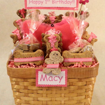 Custom birthday dog biscuit treat gift basket with squeak toy, unique gift, personalized, pink