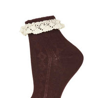 BERRY CROCHET LACE TRIM ANKLE SOCKS