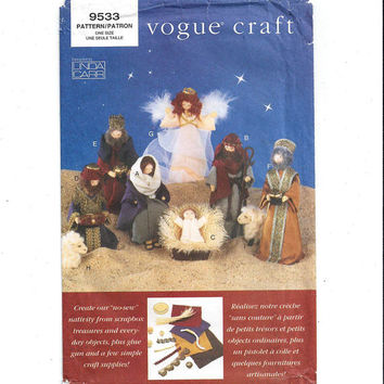 Vogue 9533 Pattern for Nativity Set Christmas Decoration Creche, Manger Scene, FACTORY Folded, UNCUT, Linda Carr, From 1996, Vintage Crafts