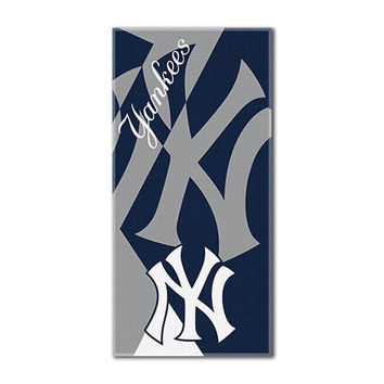 New York Yankees MLB ?Puzzle? Over-sized Beach Towel (34in x 72in)