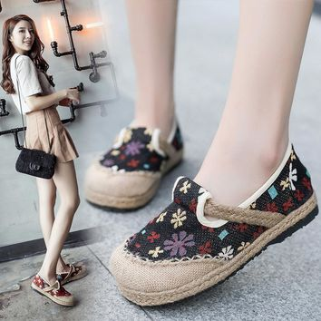 Breathable floral linen fabric flats women shoes hand-made loafers spring and summer