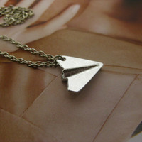 One DirectionPaper Airplane Necklace Harry Styles by adelaalberta