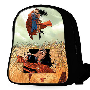 Superman And Wonder Woman Kiss Backpack