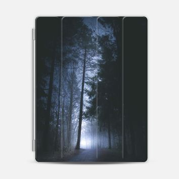 Some rainbows lie iPad 3/4 case by Happy Melvin | Casetify