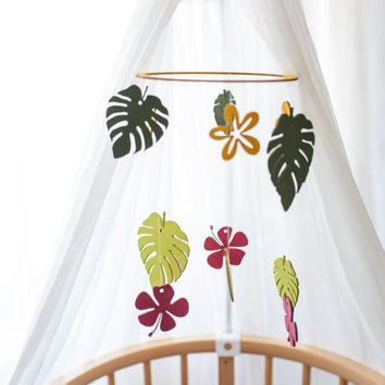 Baby mobile Nursery decor Baby mobile woodland Crib mobile Tropical baby mobile Jungle décor Tropical nursery mobile Nursery mobile