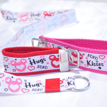Wedding set, Disney Mickey Minnie wristlet keychain and lanyard set engagement gift, anniversary present