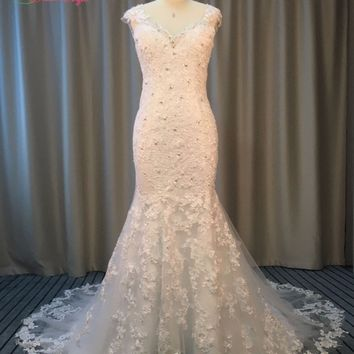 Dream Angel Elegant V Neck Lace Mermaid Wedding Dresses 2017 Cap Sleeve Illusion Appliques Beading China Bridal Gown Plus Size