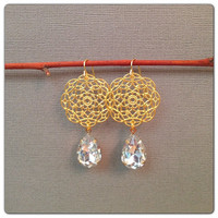 Scalloped Flower & Crystal Drop Earrings