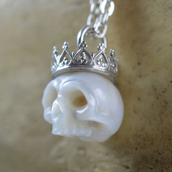 11mm Carved Pearl Skull Wearing Sterling Silver Crown on Sterling Silver Chain - Pearl Necklace - Pearl Pendant - Halloween Necklace