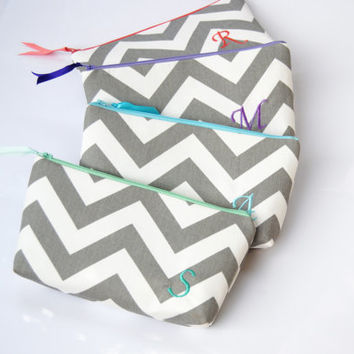 Personalized Bridesmaid gifts, chevron initial bag, chevron bridesmaid gifts, bridesmaid clutches, makuep bags, monogram makeup bag